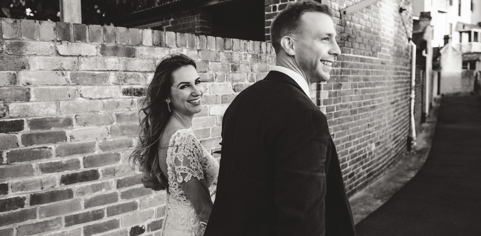 Larissa & Michael take a stroll in The Rocks for their wedding portraits