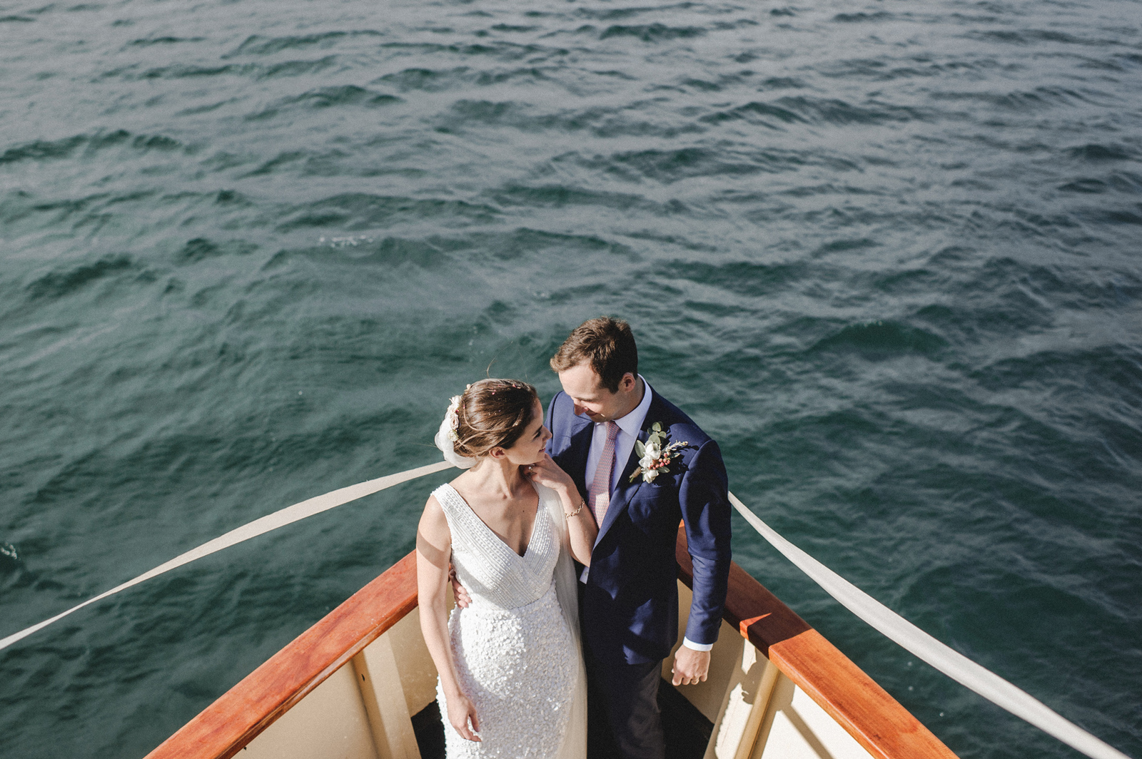 Bride and Groom take a cruise around Sydney Harbour